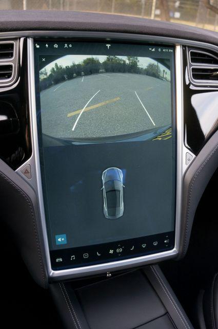 "2015 Tesla Model S 70D - AUTOPILOT - 21"" WHEELS - PREMIUM SOUND Reseda, CA 28"