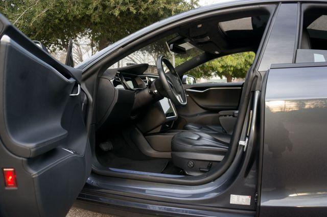 "2015 Tesla Model S 70D - AUTOPILOT - 21"" WHEELS - PREMIUM SOUND Reseda, CA 14"