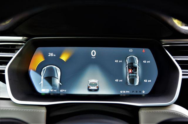 2015 Tesla Model S 70 kWh Battery in Reseda, CA, CA 91335