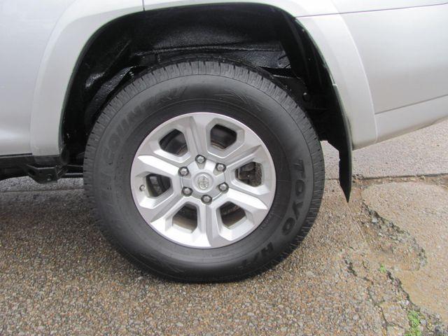 2015 Toyota 4Runner SR5 Dickson, Tennessee 4