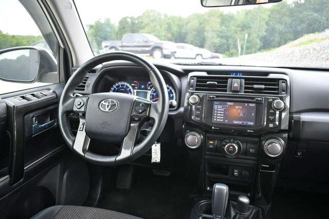 2015 Toyota 4Runner Trail 4WD Naugatuck, Connecticut 17