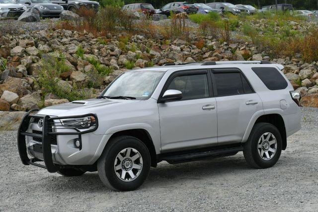 2015 Toyota 4Runner Trail 4WD Naugatuck, Connecticut 2