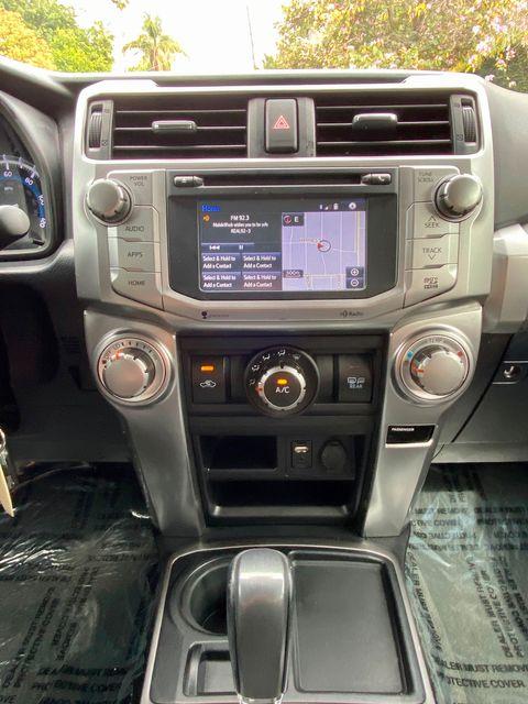 2015 Toyota 4RUNNER SR5 PREMIUM 61K MLS NAVIGATION 3RD ROW SEATS SERVICE RECORDS in Van Nuys, CA 91406
