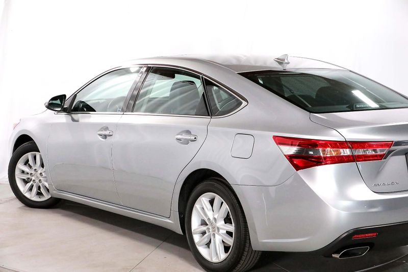 2015 Toyota Avalon Limited - Navigation - Only 9k miles  city California  MDK International  in Los Angeles, California