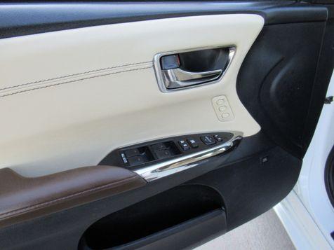 2015 Toyota Avalon Hybrid Limited   Houston, TX   American Auto Centers in Houston, TX