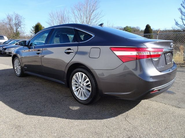2015 Toyota Avalon Hybrid XLE Premium Madison, NC 3