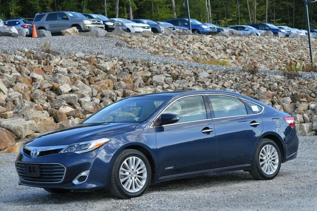 2015 Toyota Avalon Hybrid XLE Naugatuck, Connecticut