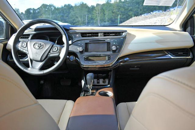 2015 Toyota Avalon Hybrid XLE Naugatuck, Connecticut 16