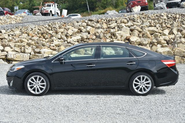 2015 Toyota Avalon Limited Naugatuck, Connecticut 1