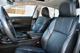 2015 Toyota Avalon XLE Waterbury, Connecticut 17