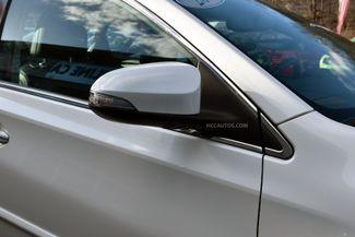 2015 Toyota Avalon XLE Premium Waterbury, Connecticut 13