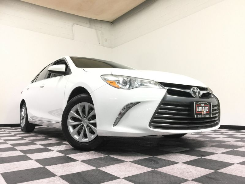 2015 Toyota Camry *Simple Financing*   The Auto Cave in Addison