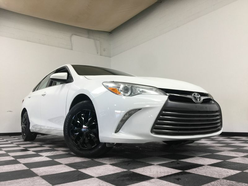 2015 Toyota Camry *Affordable Payments* | The Auto Cave in Addison