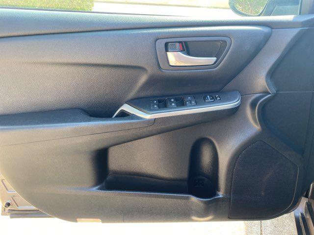 2015 Toyota Camry SE in Carrollton, TX 75006