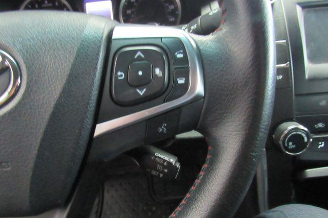 2015 Toyota Camry SE W/ BACK  UP CAM Chicago, Illinois 9