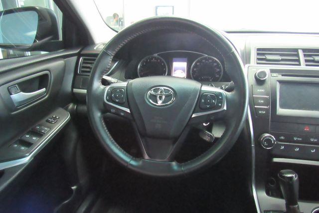 2015 Toyota Camry SE W/ BACK  UP CAM Chicago, Illinois 13