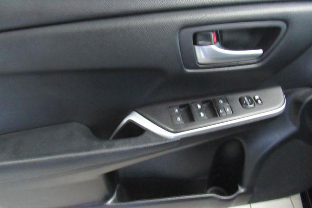 2015 Toyota Camry SE W/ BACK  UP CAM Chicago, Illinois 7