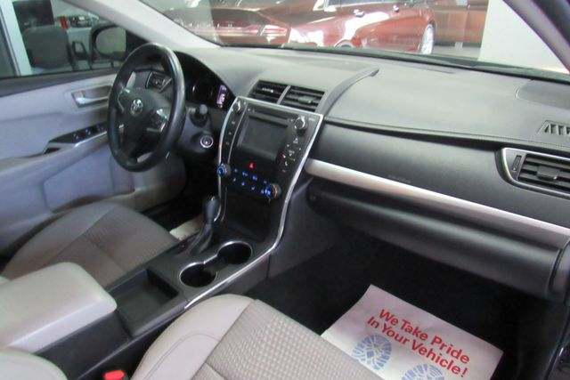 2015 Toyota Camry SE W/ BACK UP CAM Chicago, Illinois 8