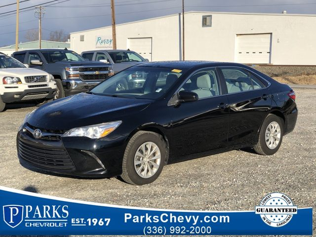 2015 Toyota Camry LE in Kernersville, NC 27284