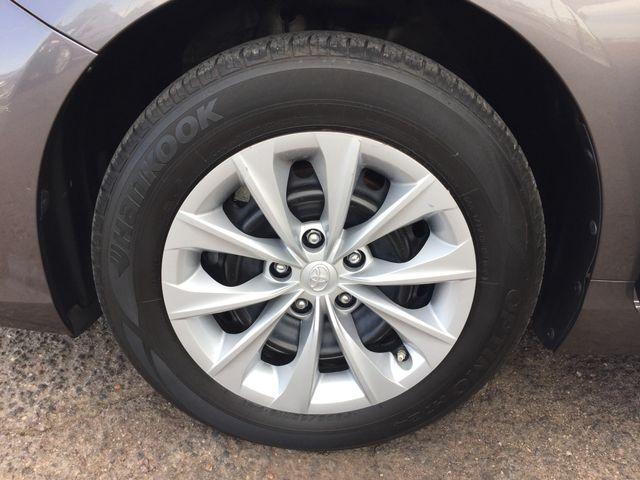 2015 Toyota Camry LE 5 YEAR/60,000 FACTORY POWERTRAIN WARRANTY Mesa, Arizona 20
