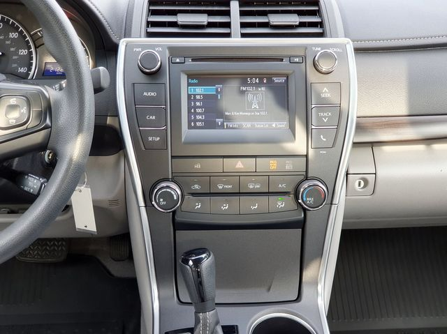 2015 Toyota Camry LE w/Entune multimedia in Louisville, TN 37777