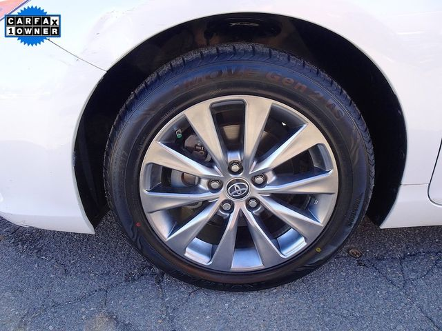 2015 Toyota Camry Hybrid XLE Madison, NC 10