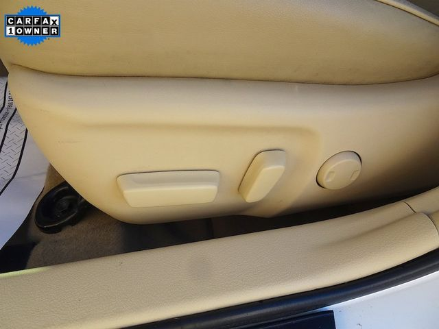 2015 Toyota Camry Hybrid XLE Madison, NC 31
