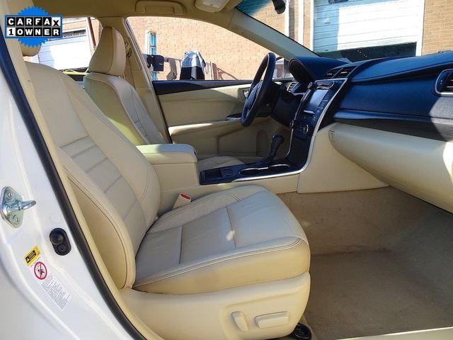 2015 Toyota Camry Hybrid XLE Madison, NC 42