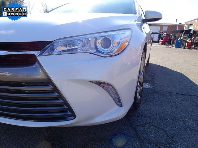 2015 Toyota Camry Hybrid XLE Madison, NC 9