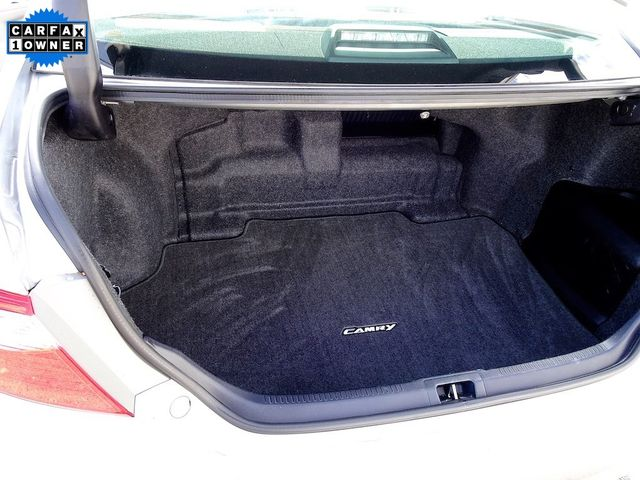 2015 Toyota Camry Hybrid XLE Madison, NC 12