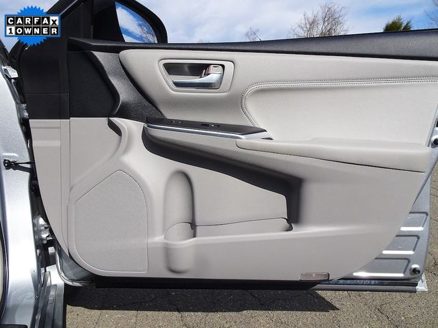 2015 Toyota Camry Hybrid XLE Madison, NC 41