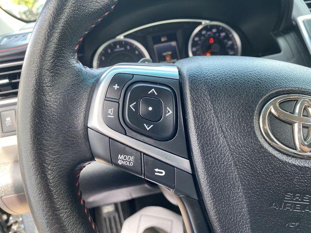 2015 Toyota Camry SE Madison, NC 28
