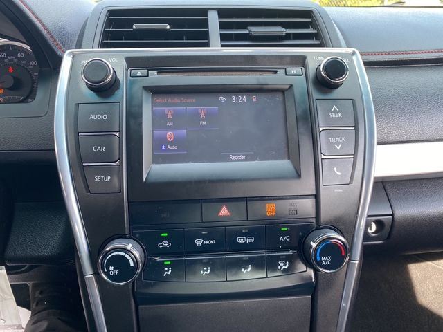2015 Toyota Camry SE Madison, NC 30
