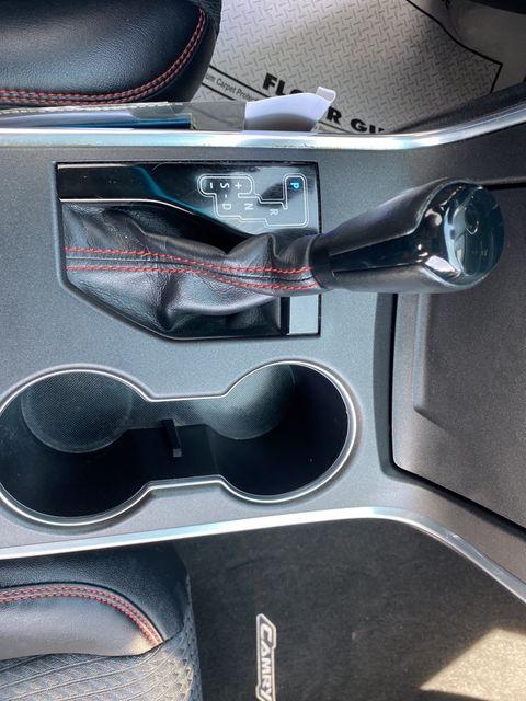 2015 Toyota Camry SE Madison, NC 33