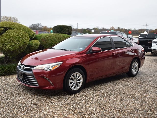 2015 Toyota Camry LE in McKinney, Texas 75070