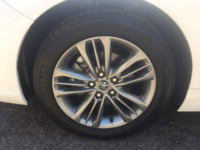 2015 Toyota Camry SE 5 YEAR/60 MILE FACTORY POWERTRAIN WARRANTY Mesa, Arizona 21