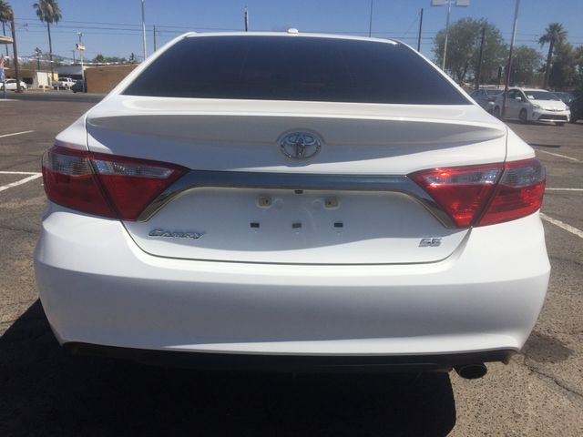 2015 Toyota Camry SE 5 YEAR/60 MILE FACTORY POWERTRAIN WARRANTY Mesa, Arizona 3