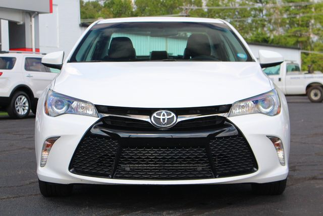 2015 Toyota Camry SE FWD - ONE OWNER! Mooresville , NC 16