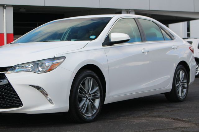 2015 Toyota Camry SE FWD - ONE OWNER! Mooresville , NC 26