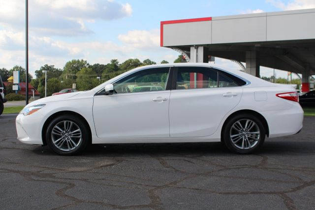 2015 Toyota Camry SE FWD - ONE OWNER! Mooresville , NC 15