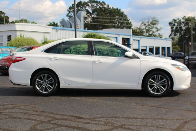2015 Toyota Camry SE FWD - ONE OWNER! Mooresville , NC 14