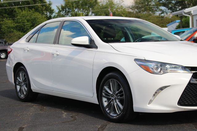 2015 Toyota Camry SE FWD - ONE OWNER! Mooresville , NC 25