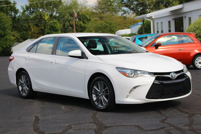 2015 Toyota Camry SE FWD - ONE OWNER! Mooresville , NC 21
