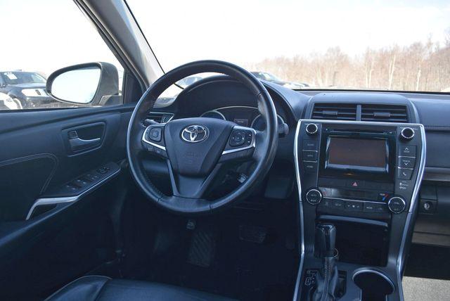 2015 Toyota Camry XLE Naugatuck, Connecticut 14