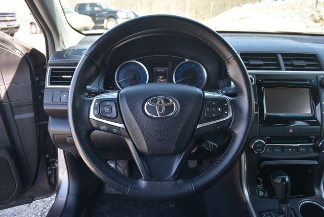2015 Toyota Camry XLE Naugatuck, Connecticut 19