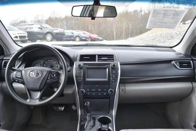 2015 Toyota Camry LE Naugatuck, Connecticut 5