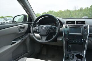 2015 Toyota Camry LE Naugatuck, Connecticut 15