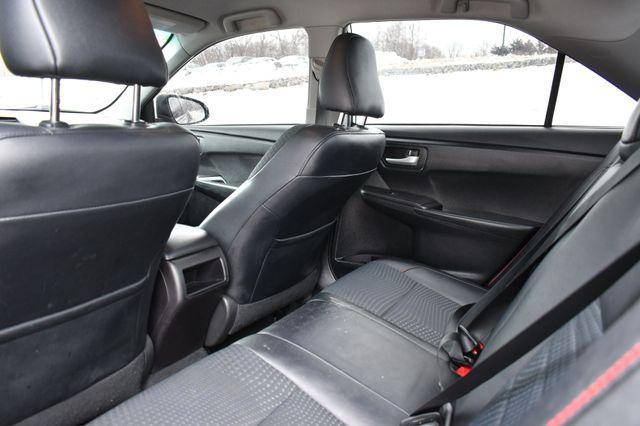 2015 Toyota Camry SE Naugatuck, Connecticut 11