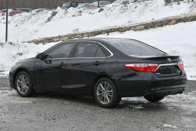 2015 Toyota Camry SE Naugatuck, Connecticut 4
