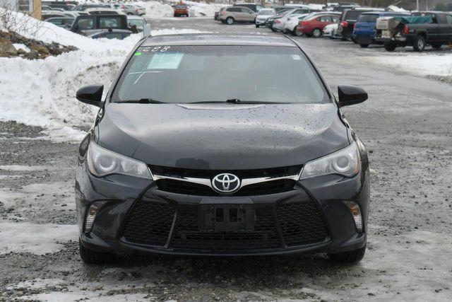 2015 Toyota Camry SE Naugatuck, Connecticut 9